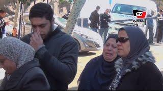 «الطب الشرعي» تسلم رفات 10 من طاقم الطائرة المنكوبة لذويهم (فيديو) | المصري اليوم