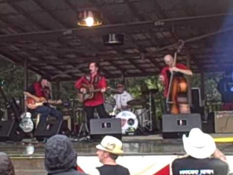 Doggone Lonesome - The Art Adams Band Live @ Muddy Roots Fest 2011
