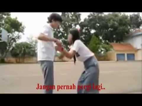 Killing Me Inside - Jangan Pergi (Liryc Video Clip)