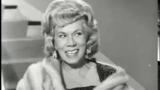 Video The Beverly Hillbillies - Season 1, Episode 33 (1963) - The Clampetts Get Psychoanalyzed download MP3, 3GP, MP4, WEBM, AVI, FLV Juni 2018