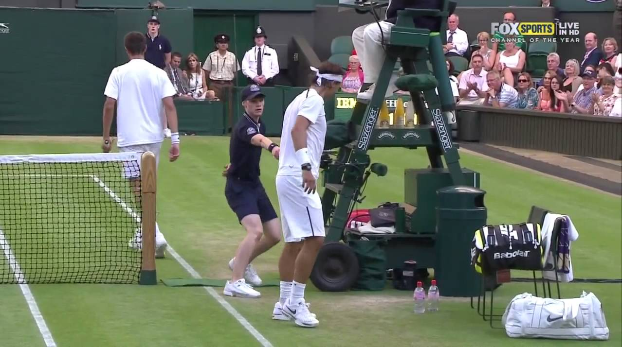 Nadal caught in the net (Nadal - Rosol, Wimbledon 2012)