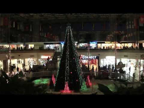 HOLIDAY LIGHTS AND SNOW SHOW at Micronesia Mall in Guam