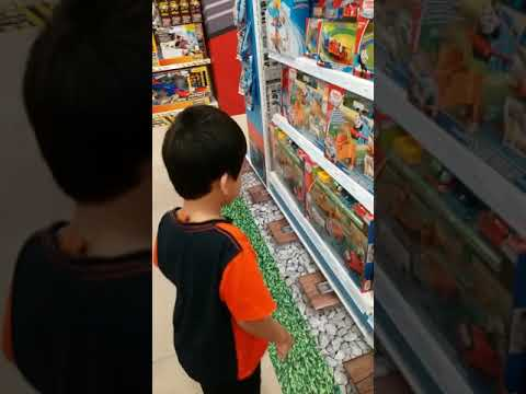 Muhammad Visit To Toy R Us Store Melawati Mall Youtube
