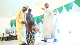 Rubbish Nonsense: Senator Joshua Dariye Rocks a dwarf female dancer in Jos