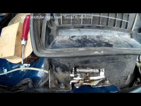 Как открыть капот ваз 21213 если порвался тросик видео
