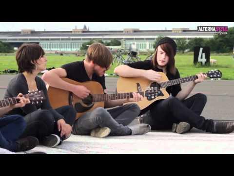 WBTBWB - Use Somebody acoustic