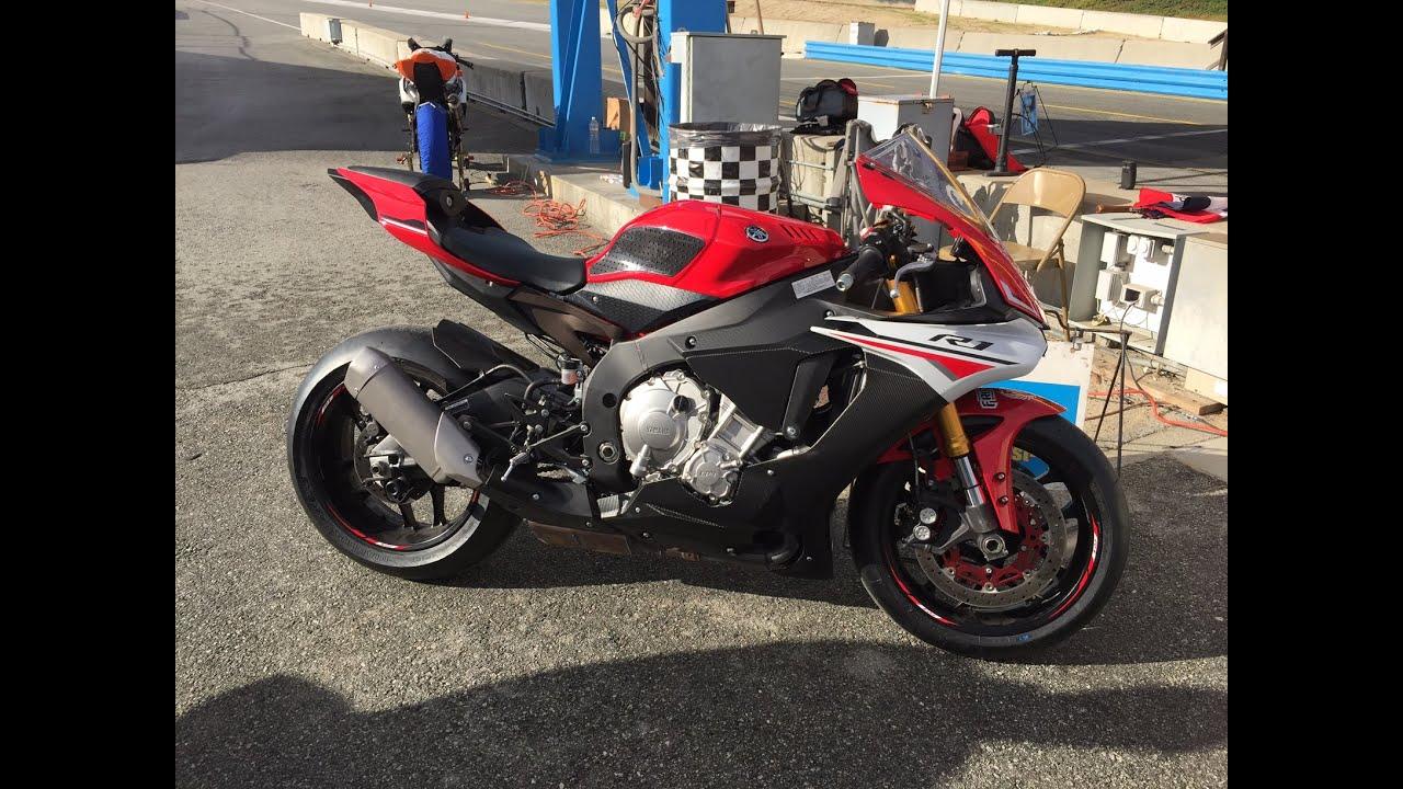 2015 Yamaha R1 Vs R6 Laguna Seca Mazda Raceway 1st Track