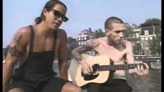 Red Hot Chilli Peppers - Under The Bridge (Acoustic In Amsterdam 1991)