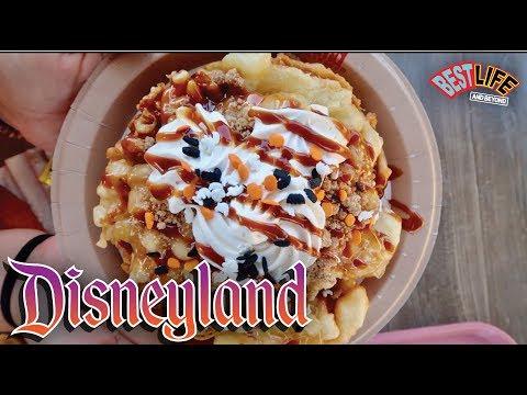 Super Fun Saturday At Disneyland! New Halloween Treat, Thunder Mountain & Gay Days!