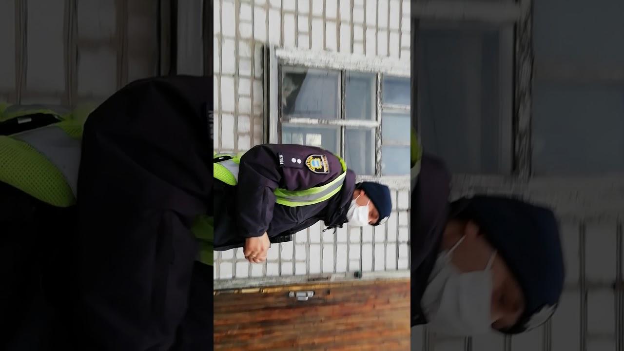 Вместо полиции приехали граждане Украины