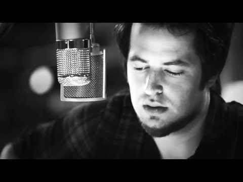 "Lee DeWyze ""Stay Away"" Live In-Studio"