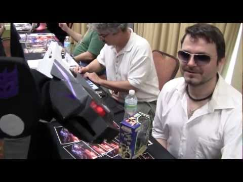 SavCon 2012 with Lee Tockar - voice of Covert Agent Ravage