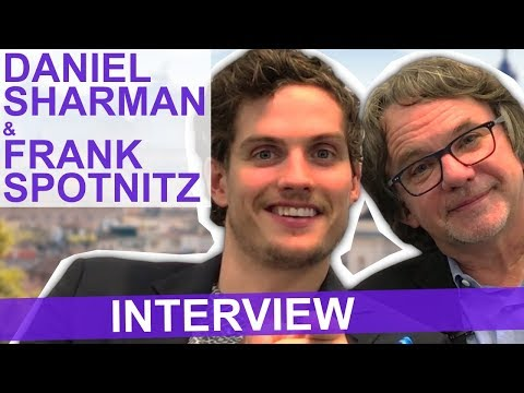 Medici : Daniel Sharman et Frank Spotnitz parlent challenge et Sean Bean