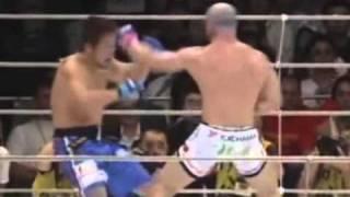 Repeat youtube video COMPILATION  MIX  VIOLENZA COMBATTIMENTI  MORTALI MMA UFC ARTI MARZIALI