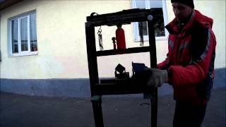 Самодельный гидравлический пресс под домкрат(Запресовка сайлентблоков заднего продольного рычага mitsubishi delica., 2015-02-02T08:19:33.000Z)