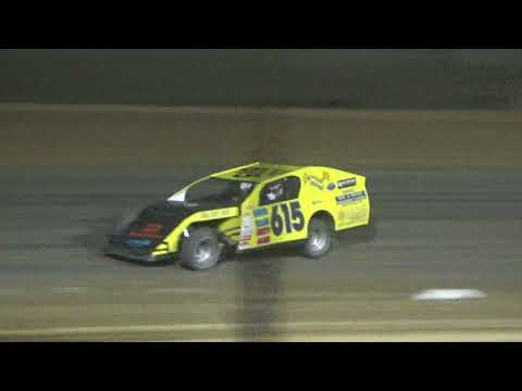 I.M.C.A. Heat Race #4 at Crystal Motor Speedway, Michigan, on 09-16-2017!