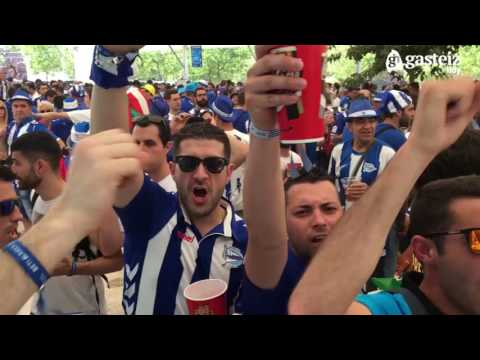 Afición del Alavés en Madrid por la Final de Copa del Rey