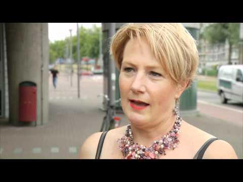 Mozaiekbank Vriesestraat in Dordercht stapje dichterbij