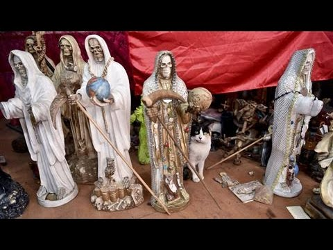 Mexicans Turn to Santa Muerte, 'Saint Death'