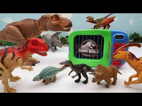 Jurassic World Dinosaur Disappeared! Find Dinosaur In Jungle - T-Rex, Triceratops