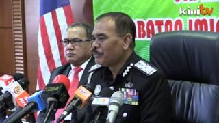 Sex blogger Alvin Tan, activist Ali Abdul Jalil's passports revoked
