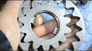 видео Устройство АКПП: гидротрансформатор, планетарный редуктор и другие части