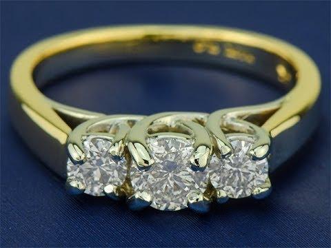 Золотое кольцо с бриллиантами 0.95 карат