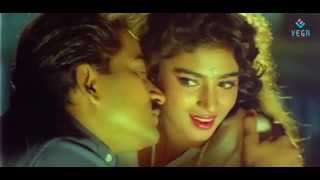 Watch miss madras etho mogam tamil video song subscribe to kollywood/tamil no.1 channel for non stop entertainment click here -- https:/...