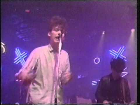The Jesus & Marychain April Skies Top Of The Pops 30/04/87