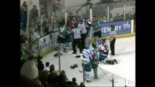 Jeff Hutchins vs Danny Stewart EIHL fight 10-12-06