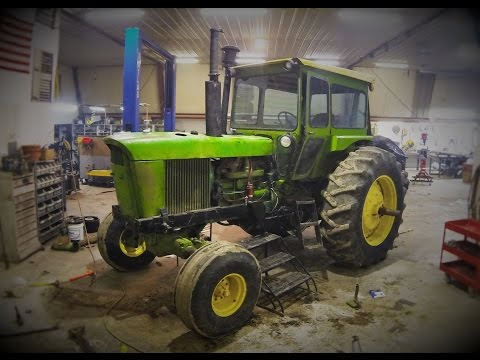 John Deere 4520 Re-power Time-lapse - Welker Farms Inc