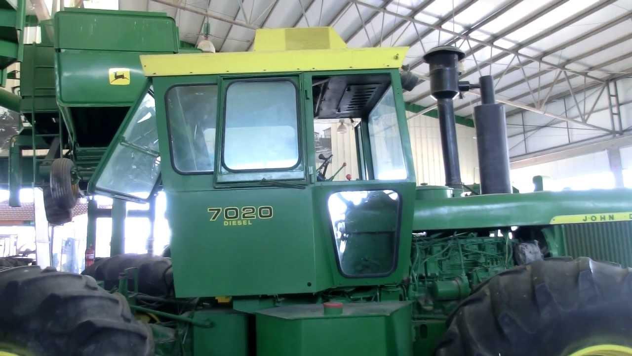 Close Look At A Restored John Deere 7020 Tractor 4x4