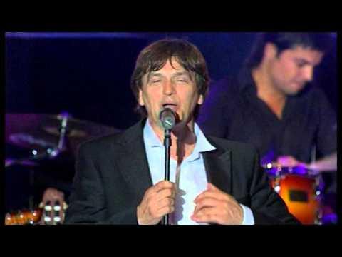 Zdravko Colic - Malo Pojacaj Radio - (LIVE) - (Pulska Arena 02.07.2008.)