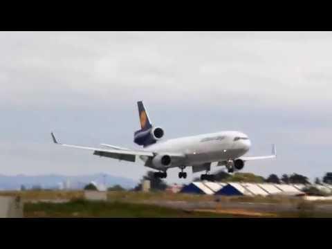 Lufthansa Cargo MD-11F D-ALCI no Aeroporto Internacional Afonso Pena - SBCT
