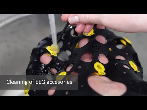 Cleaning of EEG accessories MCScap