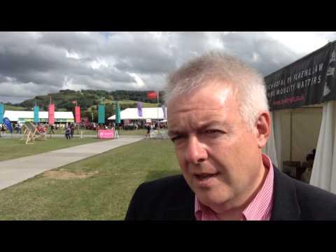 Cyfweliad Carwyn Jones - Addysg a'r Gymraeg