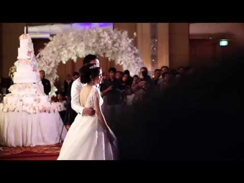 Reza Artamevia & Ellino  - Beautiful In White medley Keabadian ( Music by Fresh Entertainment )