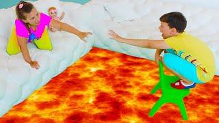Игра Пол это Лава челлендж! Приключения для Детей с Али и Адрианой