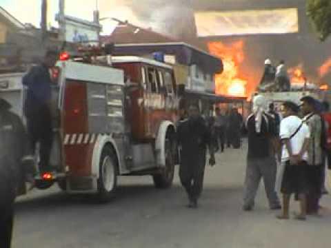 Riots and looting in Nuku'alofa, Tonga - part 5 of 5