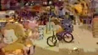 Toys 'R' Us - Anim - Millions Of Jeffrey - 1989 - UK Advert
