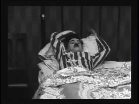 Charlie Chaplin  - The Adventurer