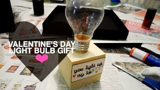 Valentine's Day D.i.y Light Bulb Gift • 10.02.14