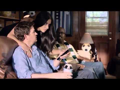 Adriana Lima'lı KIA Dünya Kupası 2014 Reklam Filmi