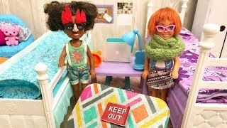 Barbie Pretend Play Secret Prank - Sisters Play Games | Naiah and Elli Doll Show