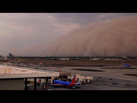 """Haboob """"Dust Storm"""" overtakes Phoenix, AZ 8/2/2018"""