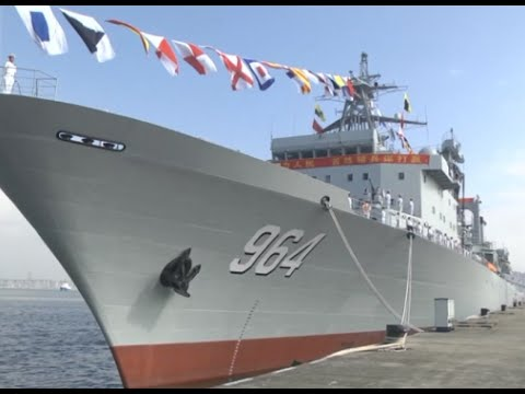 Two Supply Ships Officially Handed over to PLA Nanhai Fleet