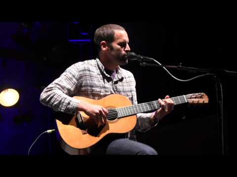 2013 Life is good Festival: Jack Johnson performs I Got You