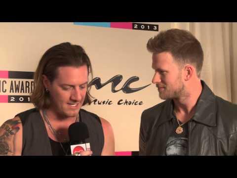 Florida Georgia Line Backstage Interview - AMAs 2013