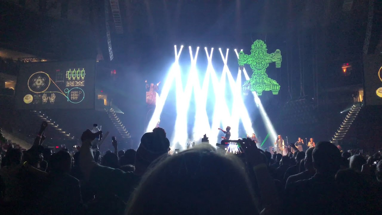The Avett Brothers - New Year's Eve - Countdown to 2018 - PNC Arena, Raleigh, NC 12/31/17 - YouTube