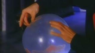 Дэвид Копперфильд - Фокус с шариком и картами!